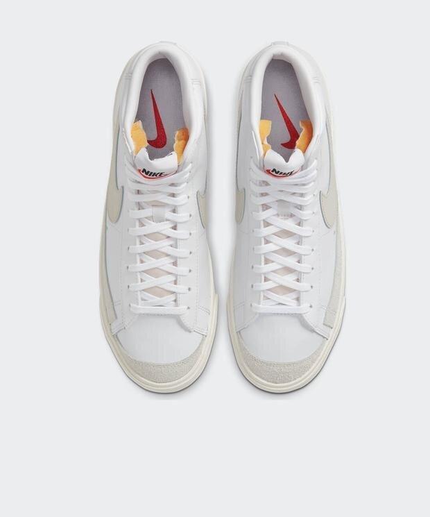 Nike Blazer Mid 77 Vntg